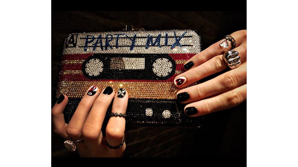 Blake Lively gets Deadpool nail art - NewsNumber - A New Era Of Social Journalism Blake Lively Gets